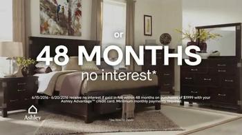 Ashley Furniture Homestore Red Carpet Event TV Spot, 'Last Chance' - Thumbnail 6