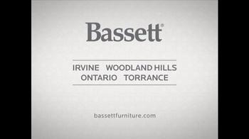 Bassett HGTV Design Studio TV Spot, 'The Records: Family Room Makeover' - Thumbnail 6