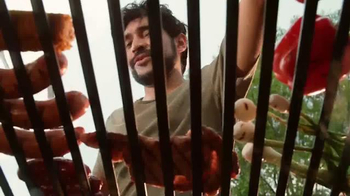 Clamato TV Spot, 'Hay que aclarar' [Spanish] - Thumbnail 6