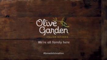 Olive Garden Breadstick Sandwiches TV Spot, 'Breadstick Obsessed?' - Thumbnail 7