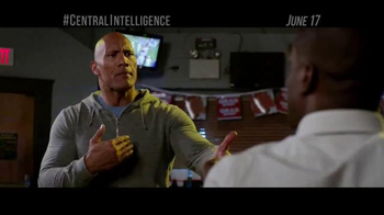 Central Intelligence - Alternate Trailer 20