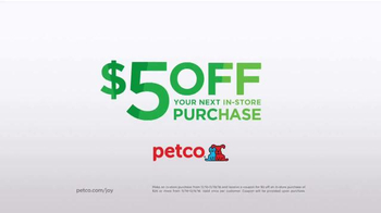 PETCO TV Spot, 'Christmas Box Shaker' - Thumbnail 10