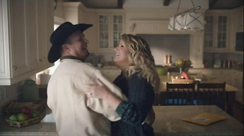 Amazon Echo TV Spot, 'Baby It's Cold Outside' Featuring Garth Brooks