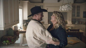 Amazon Echo TV Spot, 'Baby It's Cold Outside' Featuring Garth Brooks - Thumbnail 5