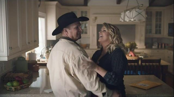 Amazon Echo TV Spot, 'Baby It's Cold Outside' Featuring Garth Brooks - Thumbnail 6
