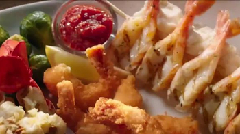 Red Lobster Holiday Seafood Celebration TV Spot, 'Treat Yourself' - Thumbnail 7
