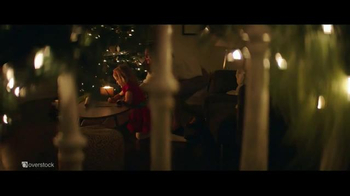 Overstock.com Holiday Deals TV Spot, 'Easier Way: Rug' - Thumbnail 3