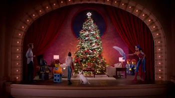Target TV Spot, 'Holiday: Decorating' - Thumbnail 9