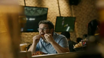 Buffalo Wild Wings Honey BBQ Wings TV Spot, 'Beware' - Thumbnail 3