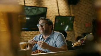 Buffalo Wild Wings Honey BBQ Wings TV Spot, 'Beware' - Thumbnail 4