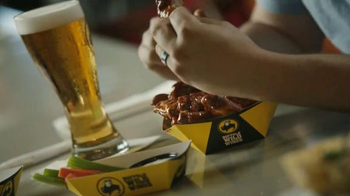 Buffalo Wild Wings Honey BBQ Wings TV Spot, 'Beware' - Thumbnail 6