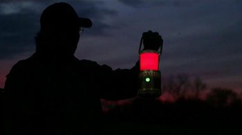Streamlight Super Siege TV Spot, 'Hide' Featuring Jackie Bushman - Thumbnail 7