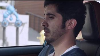 2016 Toyota RAV4 TV Spot, 'Me importa poco' [Spanish] - Thumbnail 6