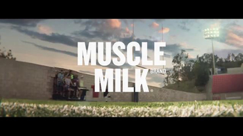 Cytosport Muscle Milk TV Spot, 'Lean On Me' Featuring Clay Matthews - Thumbnail 10