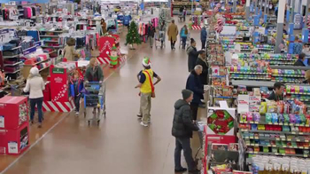 Walmart TV Spot, 'Holiday Helpers' Song by Aerosmith - Thumbnail 4