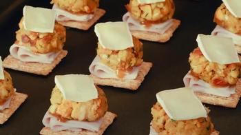 Triscuit Original TV Spot, 'Leftover Thanksgiving Bites' - Thumbnail 5