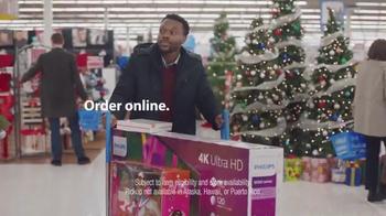 Walmart TV Spot, 'Holiday Shopping at Walmart: The Man' Song by James Brown - Thumbnail 7