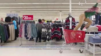 Kmart TV Spot, 'Holiday Points Galore: Deck the Halls' - Thumbnail 5