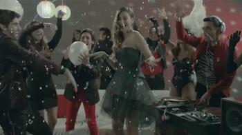 Verizon TV Spot, '2016 Latin Grammys' con Nastassja Bolívar [Spanish] - Thumbnail 7