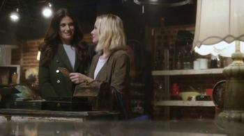 American Express TV Spot, 'Memory Lane' Feat. Kristen Bell, Idina Menzel - Thumbnail 5