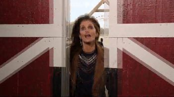 Rooms to Go Holiday Sale TV Spot, 'Something Cindy' Feat. Cindy Crawford - Thumbnail 1