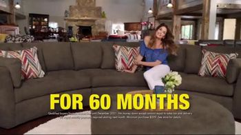 Rooms to Go Holiday Sale TV Spot, 'Something Cindy' Feat. Cindy Crawford - Thumbnail 6