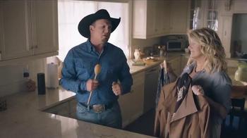 Amazon Echo TV Spot, 'Alexa Moments: Spoon' Featuring Garth Brooks - Thumbnail 6