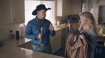 Amazon Echo TV Spot, 'Alexa Moments: Spoon' Featuring Garth Brooks - Thumbnail 7