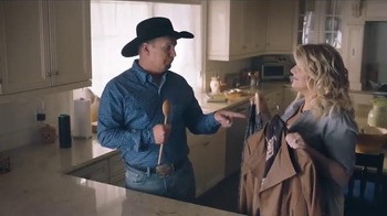 Amazon Echo TV Spot, 'Alexa Moments: Spoon' Featuring Garth Brooks - Thumbnail 8