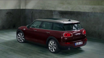 2016 MINI Cooper Clubman TV Spot, 'A Choice You Can Stand Behind' - Thumbnail 8