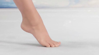 Amopé Pedi Perfect TV Spot, 'A New Level' - Thumbnail 7