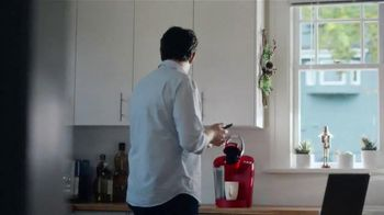 Keurig TV Spot, 'Phone Call' - Thumbnail 2