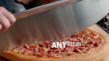 Pizza Hut $10 Any Deal TV Spot, 'Well-Spoken Wolf Boy' - Thumbnail 3