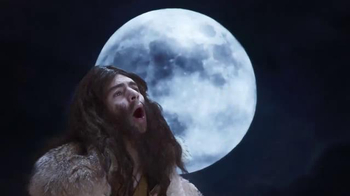 Pizza Hut $10 Any Deal TV Spot, 'Well-Spoken Wolf Boy' - Thumbnail 8