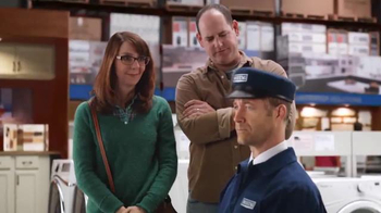 Lowe's Black Friday Deals TV Spot, 'Maytag Eye Candy' Feat. Colin Ferguson - Thumbnail 7
