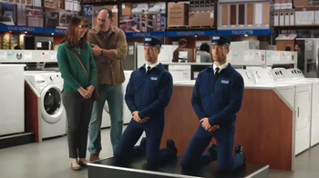 Lowe's Black Friday Deals TV Spot, 'Maytag Eye Candy' Feat. Colin Ferguson - Thumbnail 8