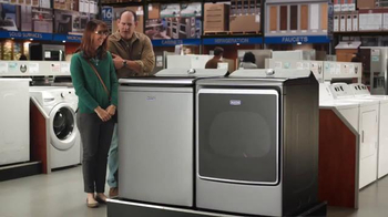 Lowe's Black Friday Deals TV Spot, 'Maytag Eye Candy' Feat. Colin Ferguson - Thumbnail 9