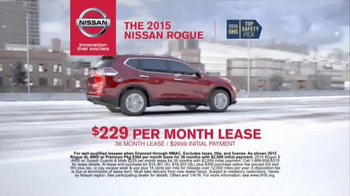 Nissan Holiday Event TV Spot, 'Rogue and Altima' - Thumbnail 5