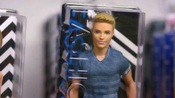 Toys R Us TV Spot, 'Barbie Fashionistas' - Thumbnail 3