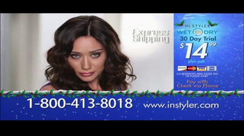 Instyler Wet to Dry TV Spot, 'Holiday Gift Giving' - Thumbnail 9