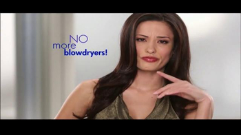 Instyler Wet to Dry TV Spot, 'Holiday Gift Giving' - Thumbnail 3