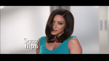 Instyler Wet to Dry TV Spot, 'Holiday Gift Giving' - Thumbnail 6