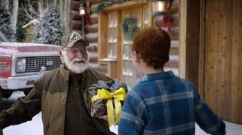 Cabela's Christmas Sale TV Spot, 'Hunting With Grandpa' - Thumbnail 6