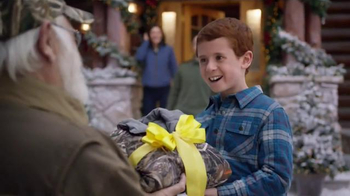 Cabela's Christmas Sale TV Spot, 'Hunting With Grandpa' - Thumbnail 7