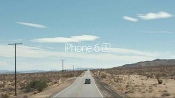 Apple iPhone 6s TV Spot, 'Hey Siri' - Thumbnail 9