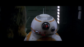 Verizon TV Spot, 'Disney Channel: Star Wars: Chewbacca and BB-8' - Thumbnail 4