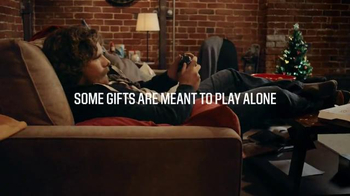 Dick's Sporting Goods Black Friday TV Spot, 'From Me to You Black Friday' - Thumbnail 6