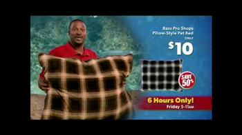 Bass Pro Shops Black Friday Sale TV Spot, 'Fleeces and Pet Beds' - Thumbnail 8