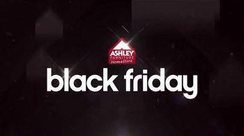 Ashley Furniture Homestore Black Friday Sale TV Spot, 'Gift Card Giveaway' - Thumbnail 1
