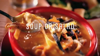 Chili's Lunch Combos TV Spot, 'Homestyle Fries' Song by Slightly Stirred - Thumbnail 2